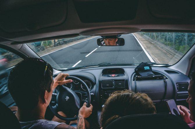 Nagyothallás és a biztonságos autóvezetés